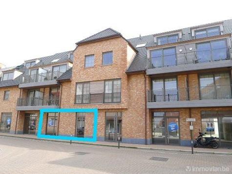 Commerce building for sale in Oostrozebeke (RAK88779)