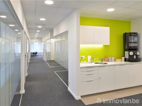 Office space for rent in Roeselare (RAH29654)