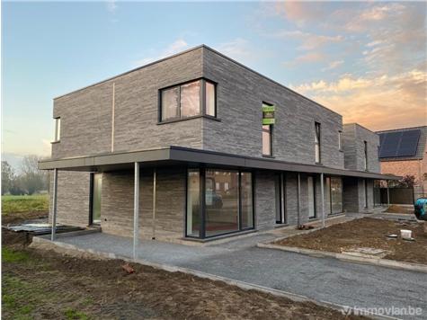 Residence for sale in Werken (RAJ03312)