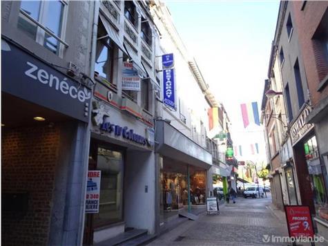 Surface commerciale à vendre à Châtelet (VAI27864)