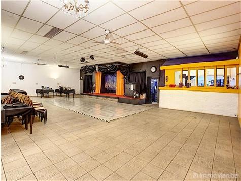 Commerce building for sale in Antoing (VAK93987)