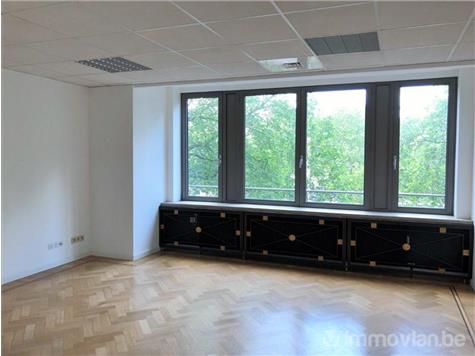 Office space for rent in Sint-Gillis (VAH46565)