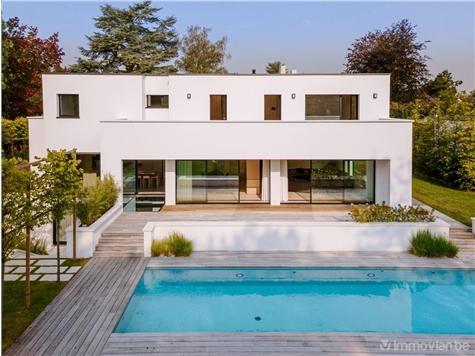 Villa te koop in Sint-Pieters-Woluwe (VAK46935)
