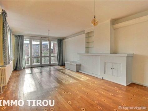 Flat - Apartment for rent in Charleroi (VAR86873)