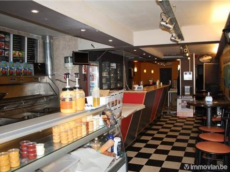 Commerce building for sale in Bon-Secours (VAM27049)