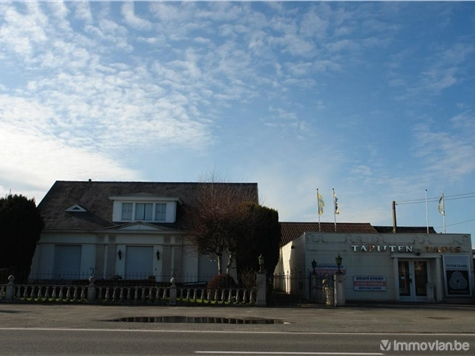 Industrial building for sale in Spiere (VAJ21830)