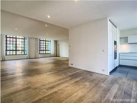 Appartement à louer à Ixelles (VAN05921)