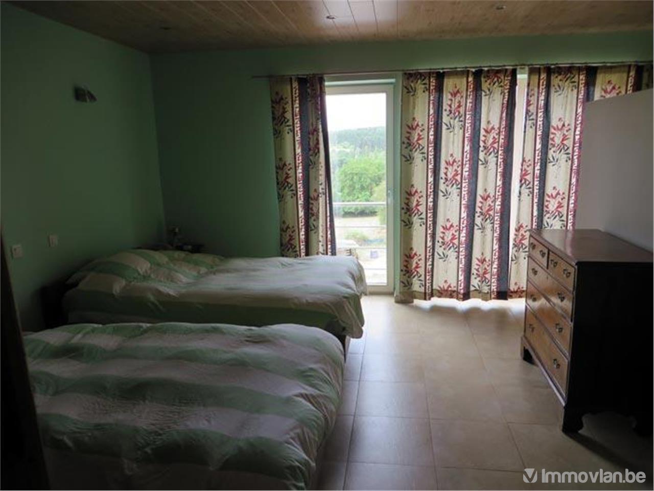 villa met jardin et garage vendre en viager couvin r f rence immovlan vwb91700. Black Bedroom Furniture Sets. Home Design Ideas
