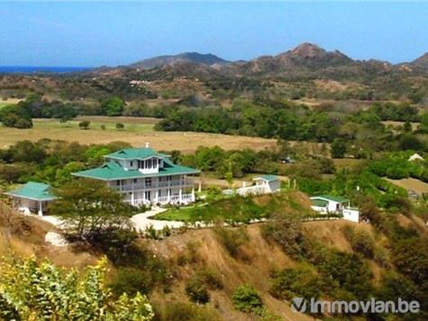 Villa for sale in Tamarindo (VWC52183)