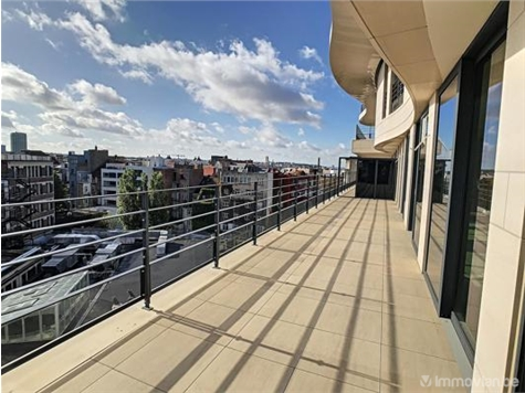 Appartement à vendre à Ixelles (RAQ40249)