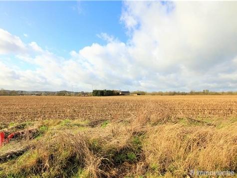 Terrain à bâtir à vendre à Neuville (VAL85232)