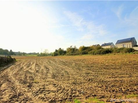 Terrain à bâtir à vendre à Neuville (VAL85214)