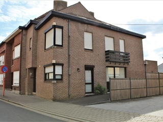 Mixed building for sale Marke (RAP81349)