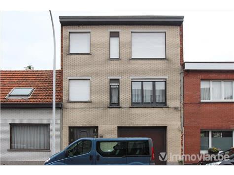 Huis met praktijk te koop kruiningenstraat 111 2900 for Huis met paardenstallen te koop