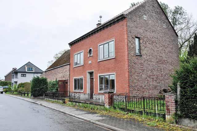 Residence in public sale Appelterre-Eichem (RAJ39566)
