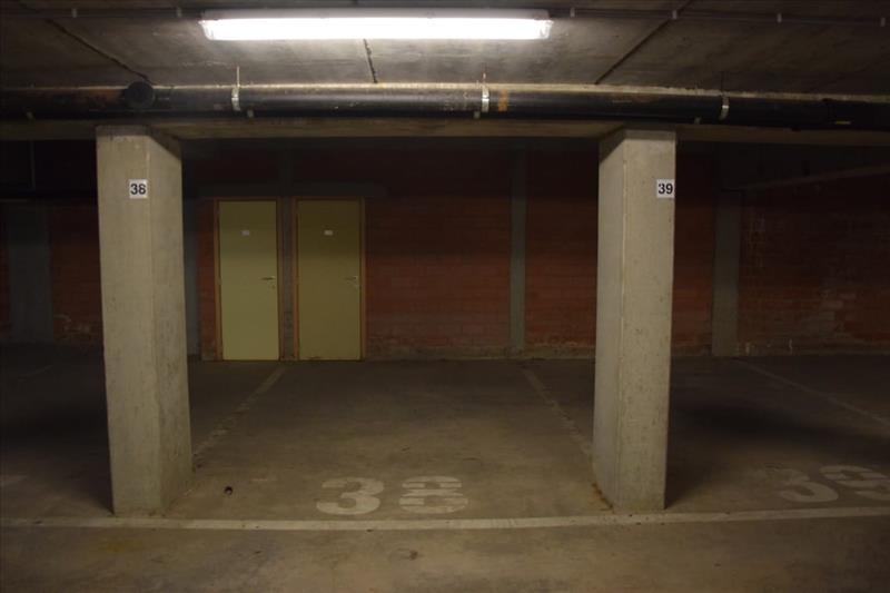 Garage à louer Sint-Kruis (RAI49931)