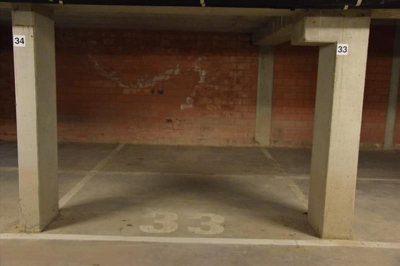 Garage à louer Sint-Kruis (RAI49934)