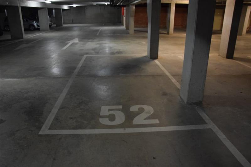 Garage à louer Sint-Kruis (RAI49921)