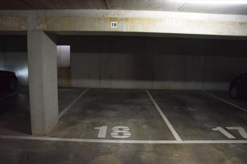 Garage à louer Sint-Kruis (RAI49944)